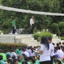 ผู้สมัคประธานนักเรียน 2556 หาเสียง